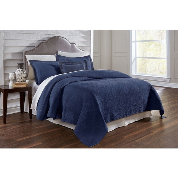 Suzi Navy Full/ Queen-size Egyptian Cotton Coverlet