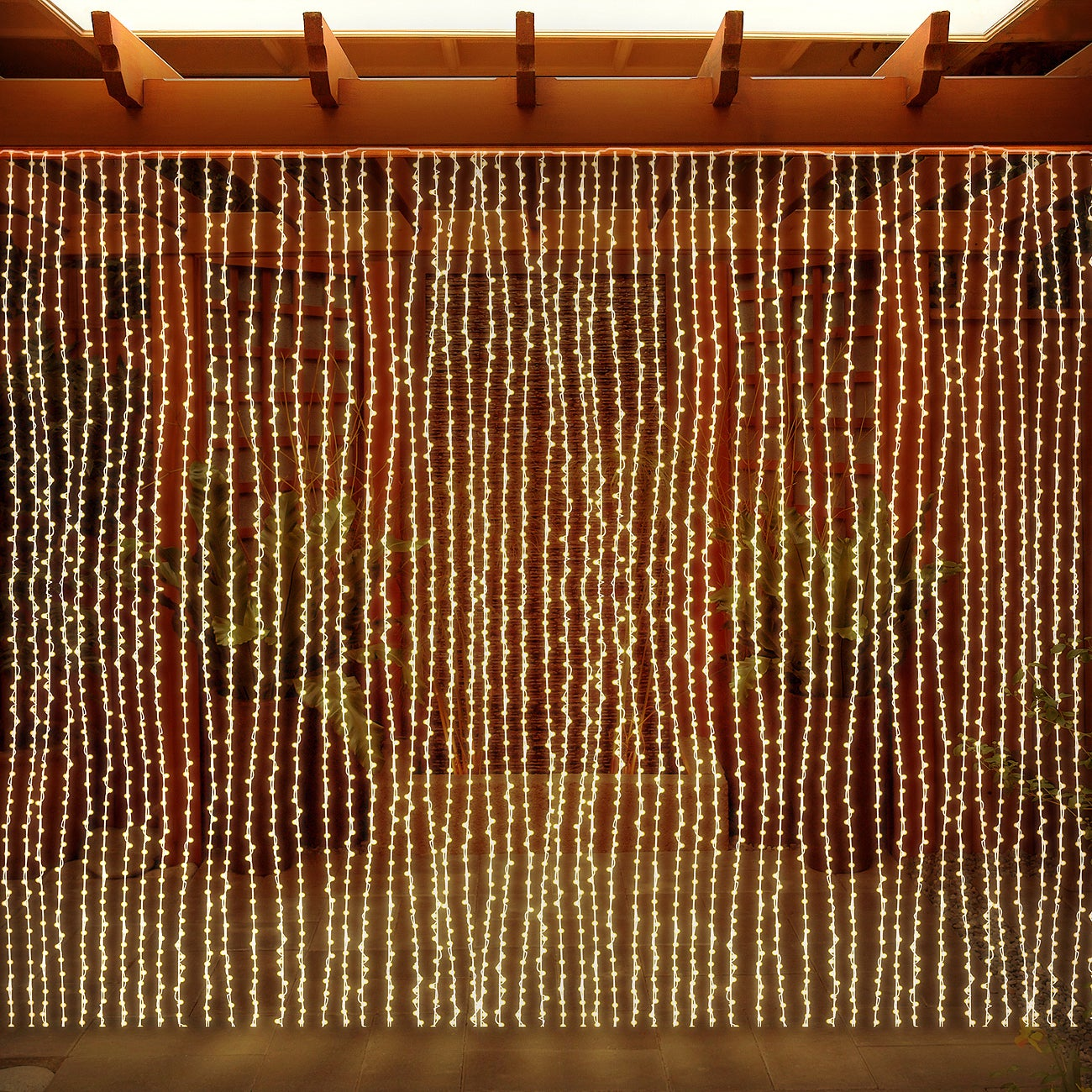 LED Concepts Curtain Warm White 300 LED String Icicle Lig...