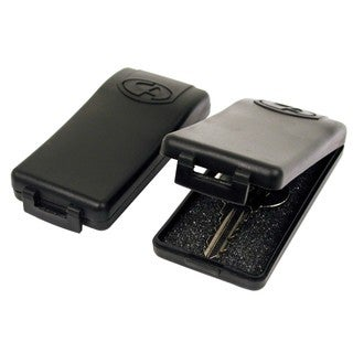 Custom Accessories 46061 Twin Set Magnetic Key Case