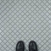 SomerTile 12.375x12.5-inch Antaeus Silk White Porcelain Mosaic Floor and Wall Tile (10 tiles/10.7 sqft.)