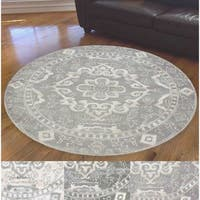Admire Home Living Ivory Medallion Area Rug - 6'7 Round