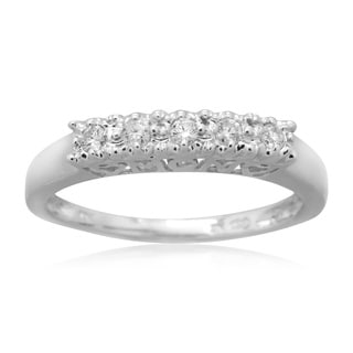 10k White Gold 1/6ct TDW Diamond 'MOM' Straight Band Ring