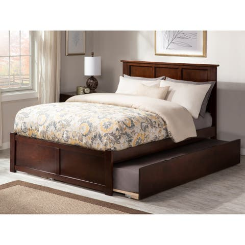 Madison Full Platform Bed with Flat Panel Foot Board and Twin Size Urban Trundle Bed in Walnut