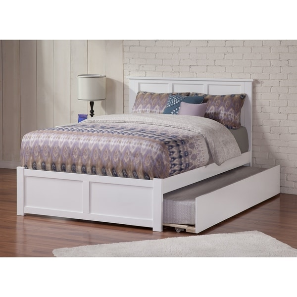 Madison Full Platform Bed with Flat Panel Foot Board and Twin Size Urban Trundle Bed in White