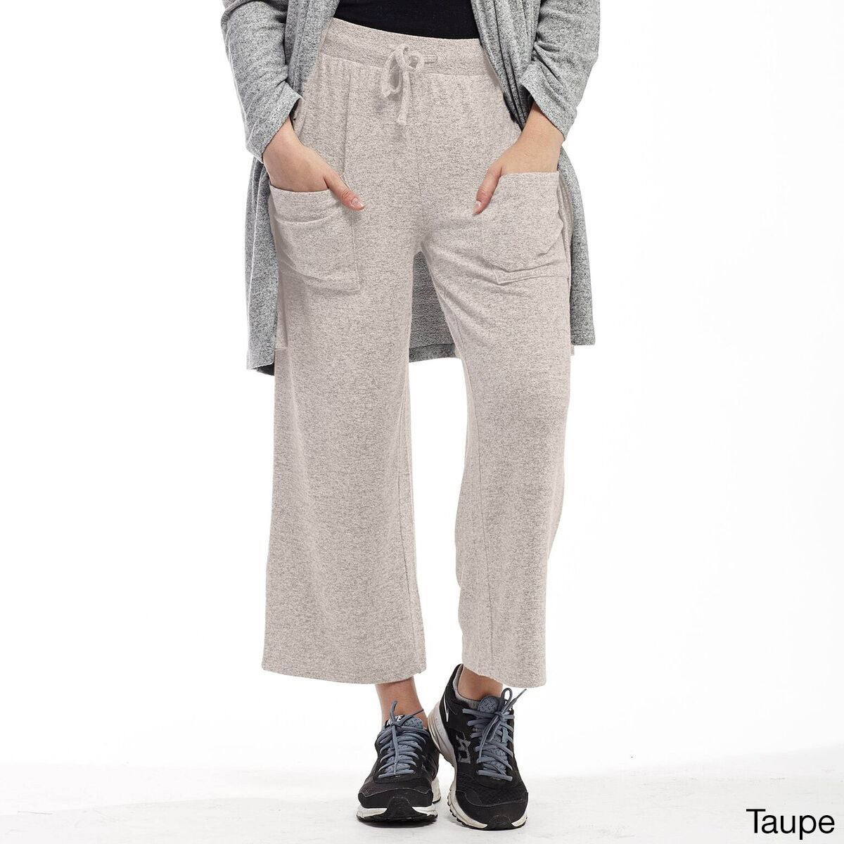 La Cera Women's Rayon/Polyester/Spandex Soft Capris (Medi...