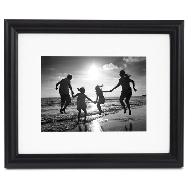 8 x 10-inch Black Picture Frame Matted to Display Photographs 5 x 7 ...