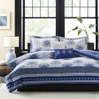Intelligent Design Nicole Blue Microfiber Printed Comforter Set