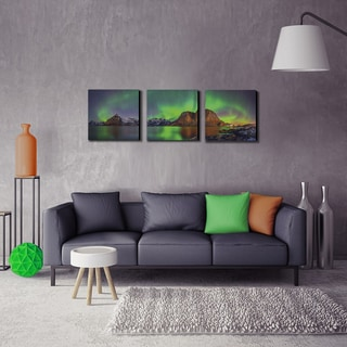 Furinno SeniA 'Aurora in Iceland' Multicolored MDF Framed Photography Triptych Print