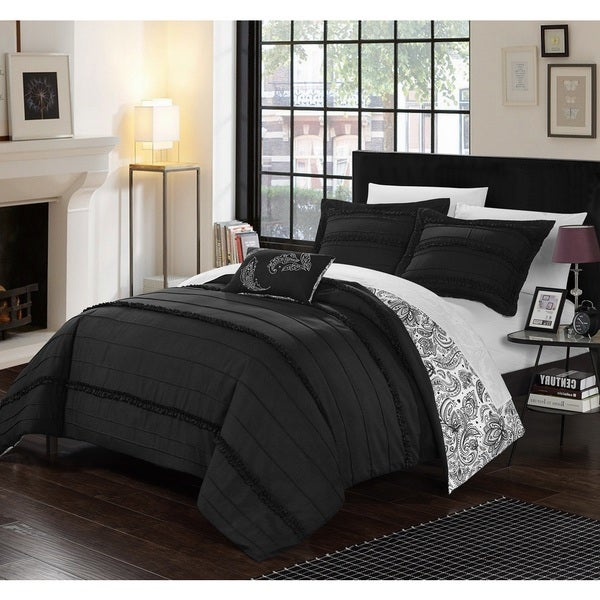 Chic Home 8-Piece Atticus Bed-In-A-Bag Black Duvet Set