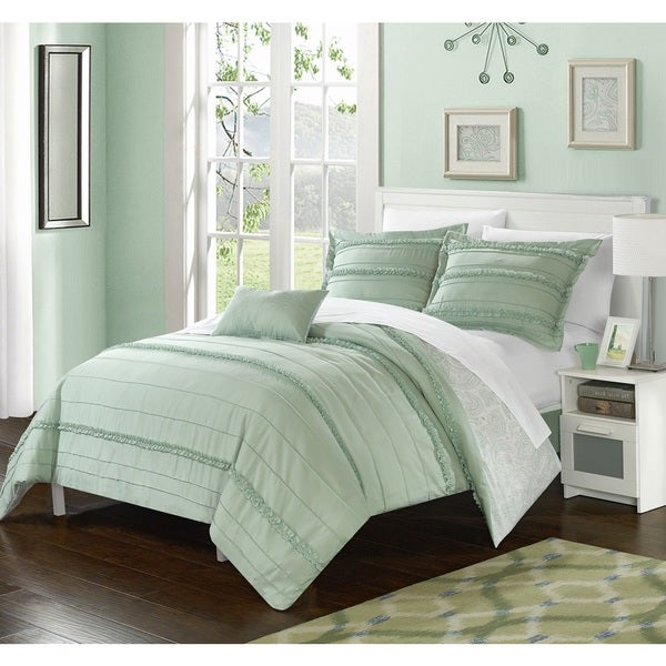 Chic Home 8-Piece Atticus Bed-In-A-Bag Green Duvet Set