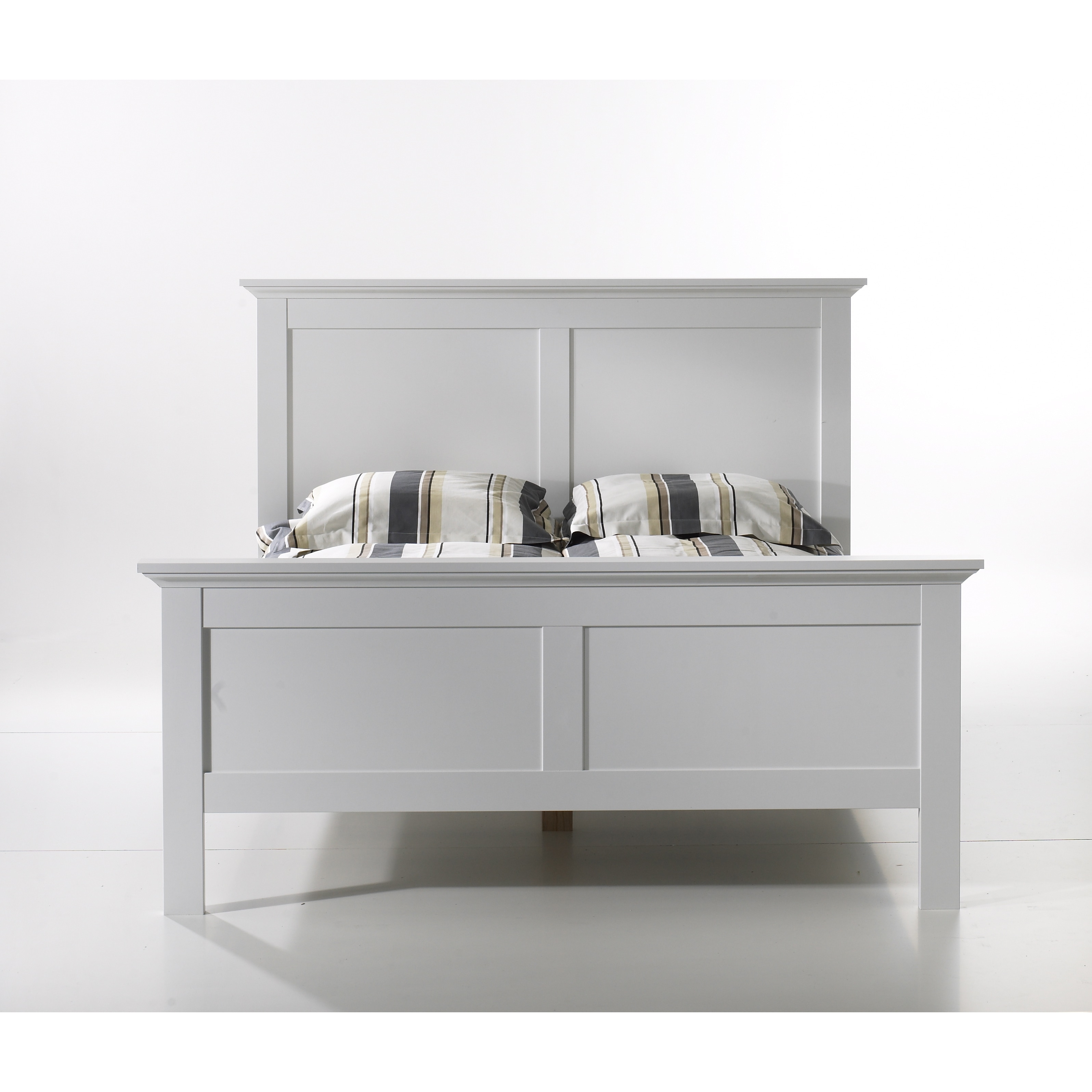 TVILUM-SCANBIRK Sonoma White Wood Queen-size Bed (White)