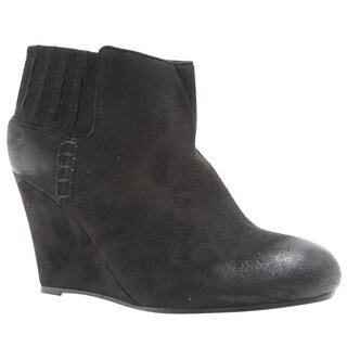 Qupid Women's Black Faux-suede Wedge-heel Ankle Booties