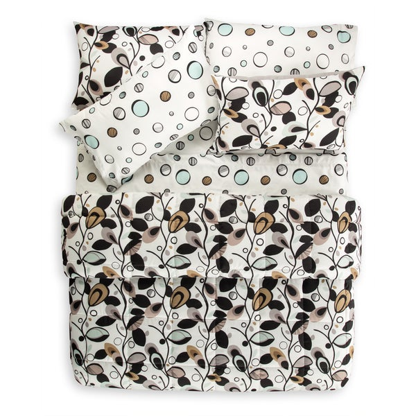 Tanglewood 7 Piece Quilt Set and Coordinating Sheet Set