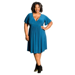Sealed with a Kiss Women's Plus Size Classic V Neck Dress