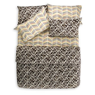 Sabine 7-piece Microfiber Quilt and Coordinating Sheet Set