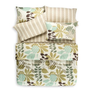 English Garden 7 Piece Quilt Set and Coordinating Sheet Set
