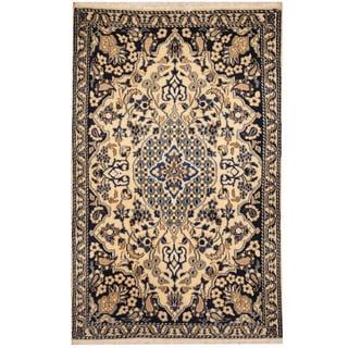 Herat Oriental Persian Hand-knotted Tribal Nain Wool & Silk Rug (3' x 4'7)