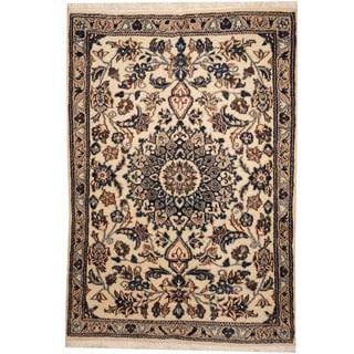 Herat Oriental Persian Hand-knotted Tribal Nain Wool & Silk Rug (3'10 x 4')