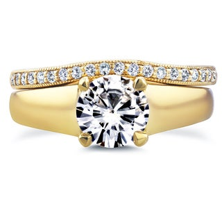 Annello 14k Yellow Gold Round Cut Moissanite Solitaire and 1/6ct TDW Diamond Band Bridal Set (G-H, I1-I2)