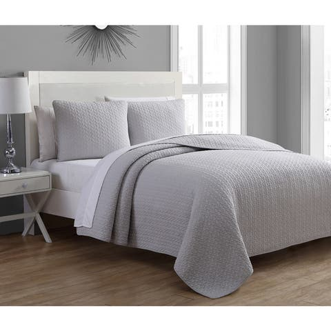 Carson Carrington Hrisey Silver Grey Cotton 3-piece Quilt Set