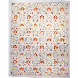 Suzani Ivory Wool Hand-Knotted Rug (12' x 15')