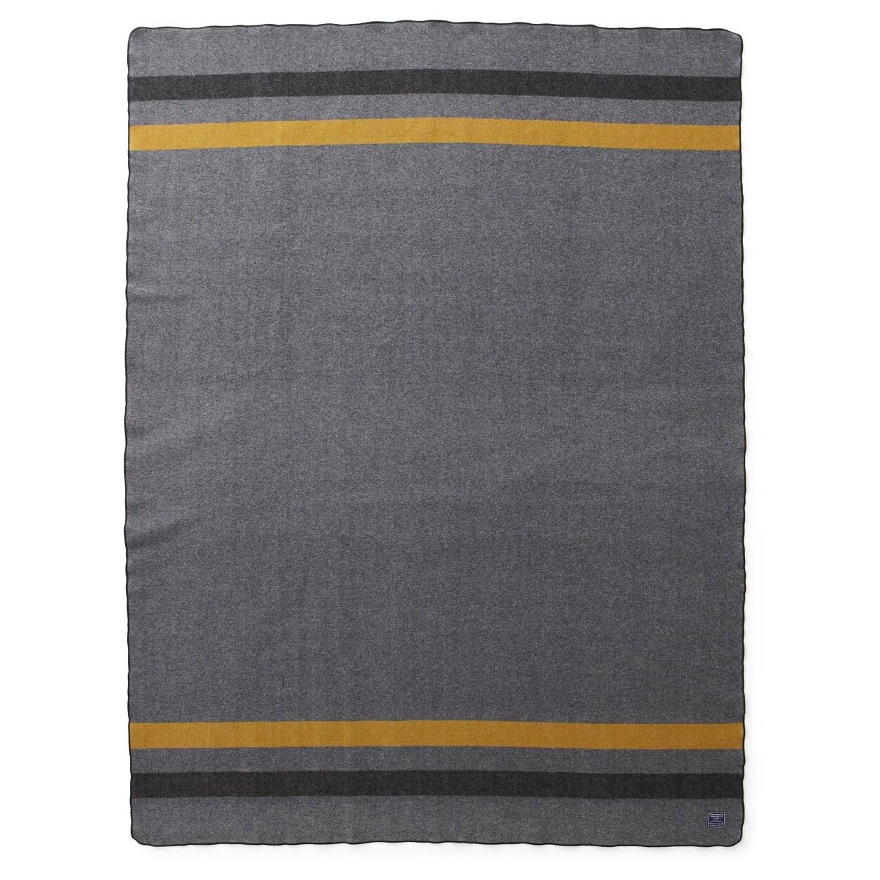 Faribault Mills Foot Soldier Military Blanket in Grey-Bla...