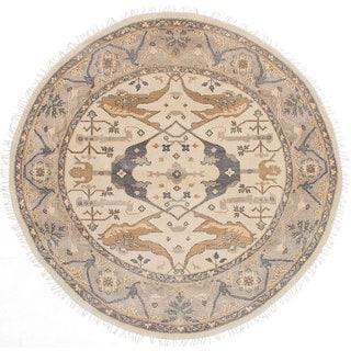 eCarpetGallery Royal Ushak Ivory Wool Hand-knotted Rug (7'11 x 7'11)