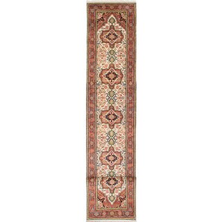 eCarpetGallery Ivory Wool Hand-knotted Serapi Heritage Rug (2'7 x 16'2)