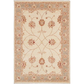 eCarpetGallery Hand-knotted Chobi Collection Ivory Wool Area Rug (4'6 x 6'9)