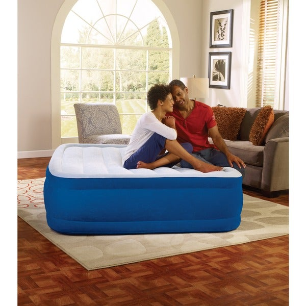 Simmons Beautyrest Plushaire 17-inch Queen-size Airbed. Opens flyout.