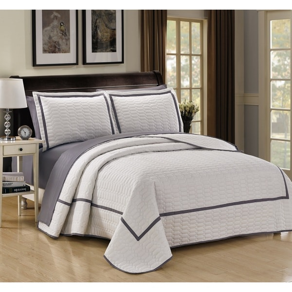 Chic Home 3-Piece Marla White Hotel Collection Quilt Set
