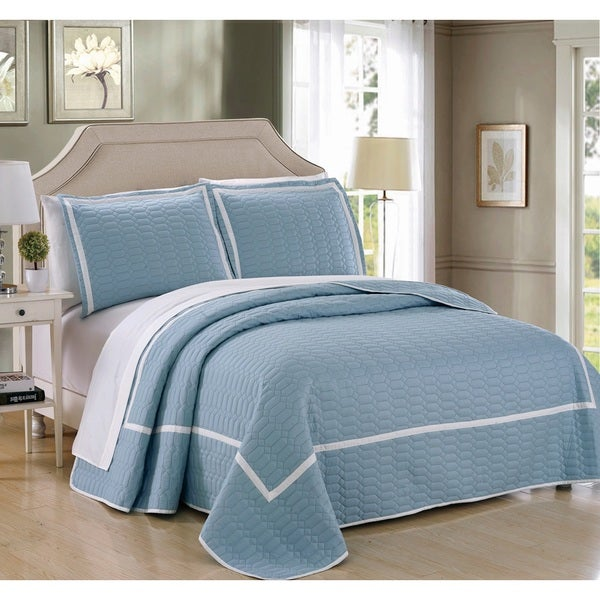 Chic Home 3-Piece Marla Blue Hotel Collection Quilt Set
