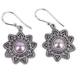 Handcrafted Sterling Silver 'Passionate Flower' Cultured Pearl Earrings (9 mm) (India)