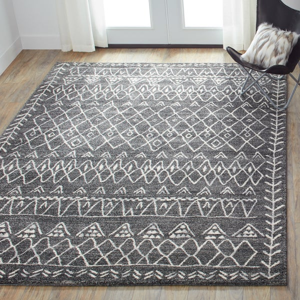 "Brently Black/ Ivory Abstract Rug - 7'7"" x 10'6"""