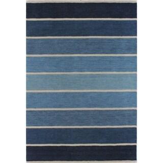 Hand-woven Victoria Wool Area Rug (9' x 12')