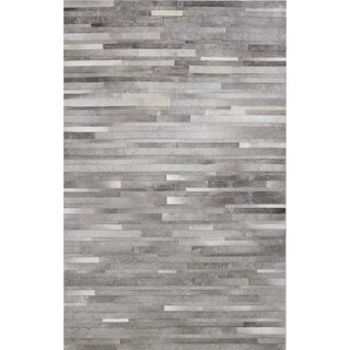 Hand-woven Nathan Grey Leather Area Rug - 5' x 8' (2 options available)