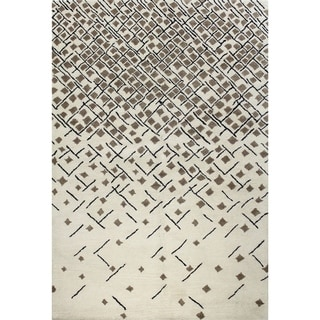 Angelica Off-white Wool Tufted Area Rug (5' x 8') - 5' x 8'