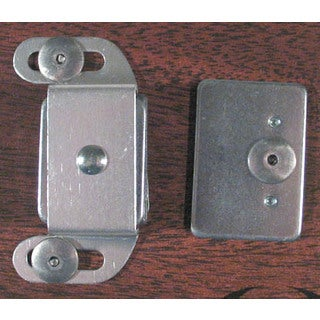 Ultra Hardware 13496 Magnetic Catch w/ Strike