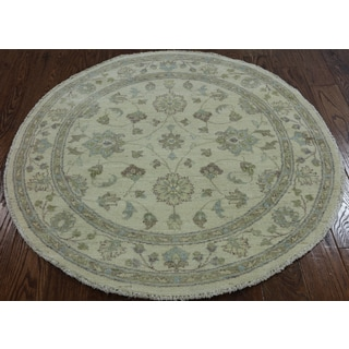 Oriental Peshawar Ivory Wool Hand-knotted Rug (4' 2 x 4' 2)