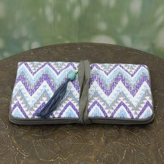 Handcrafted Cotton 'Zigzag Treasure' Jewelry Roll (India)