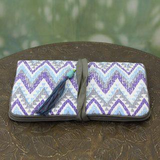 Handmade Cotton 'Zigzag Treasure' Jewelry Roll (India)