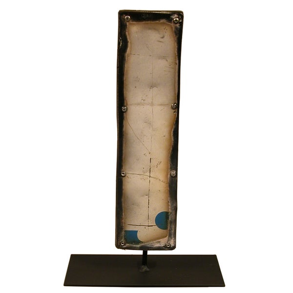 WA-0337-I Barrel Letter 'I' on a Stand