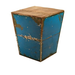 TF-1010-BU Pyramid Cobalt Moonshine Side Table Stool (Thailand)