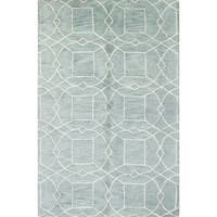Tufted Wool Ian Area Rug - 2'6 x 8'