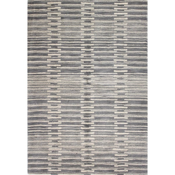 Mya Grey Wool Tufted Area Rug (2'6 x 8')