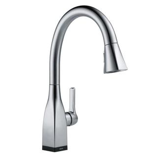 Delta Mateo Single-Handle Pull-Down Sprayer Kitchen Faucet with Touch2O in Arctic Stainless