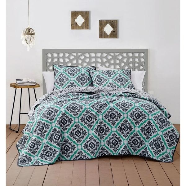 Avondale Manor Delmara 3-piece Quilt Set