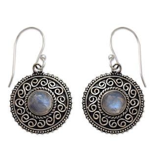 Handcrafted Sterling Silver 'Moonlight Mandala' Rainbow Moonstone Earrings (India)