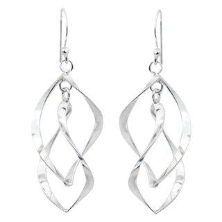 Handmade Sterling Silver 'Linking Leaves' Earrings (Thailand)