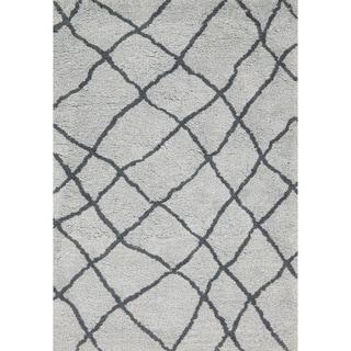 Hand-tufted Xander Mist/ Grey Moroccan Trellis Shag Rug (7'6 x 7'6 Square)